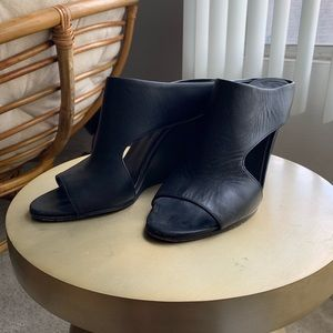 VINCE leather wedge Mules size 9.5